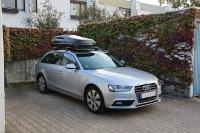 Rheinstetten: Dachbox 430 Liter mit Dachträger von THULE auf einem Audi A4 Avant