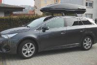 Dachbox 630 Liter auf Toyota Avensis Kombi