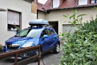 Dachbox 330 Liter auf Opel Mokka