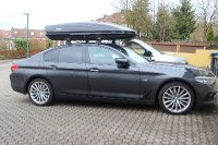 Dachbox auf BMW 5er Limousine in Ettlingen