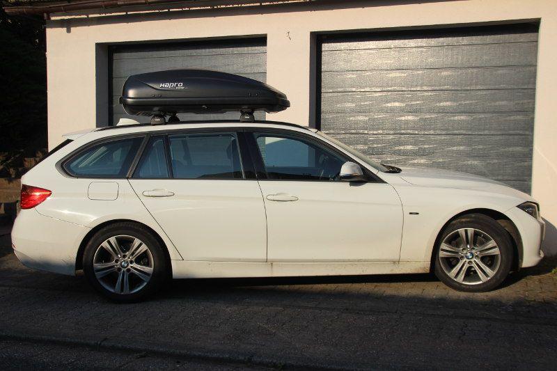 Dachbox und Dachträger von THULE auf einem BMW Kombi in St. Wendel / Saarland