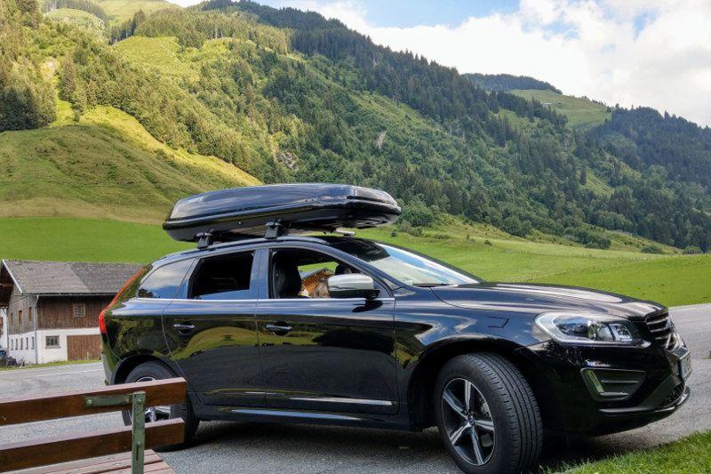 Dachbox und Dachträger für Ihren SUV hier mieten