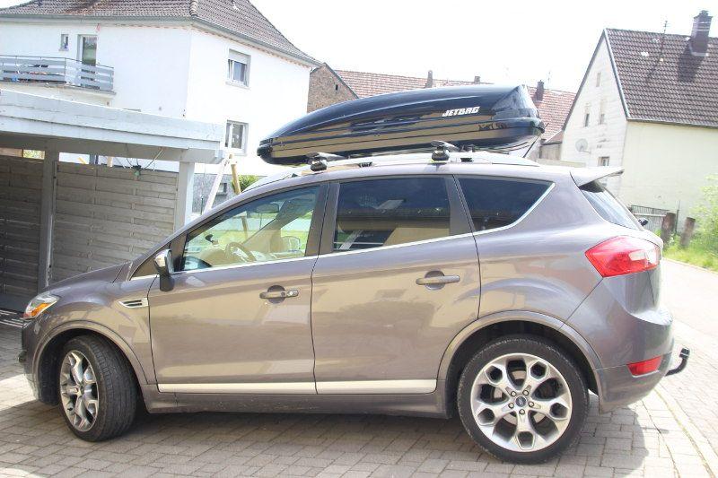 Dachbox auf einem Ford Kuga in Kusel