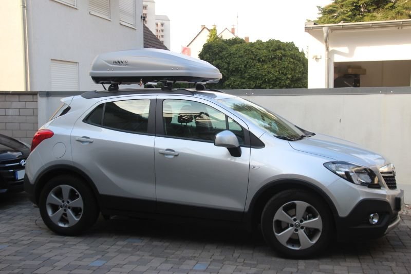 Karlsruhe: Dachbox 370 Liter auf einem Opel Mokka