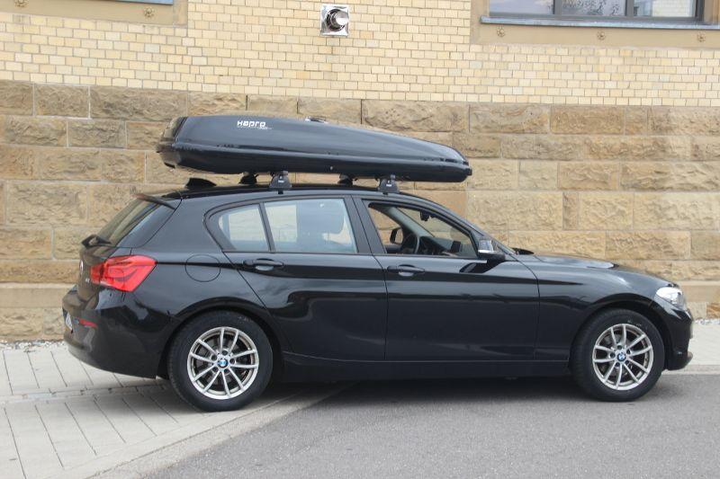 Knittlingen: Dachbox 530 Liter auf einem 1er BMW