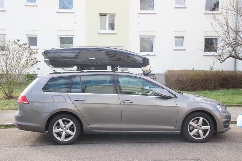 Karlsruhe: Dachbox 610 Liter auf einem VW Golf Variant Kombi