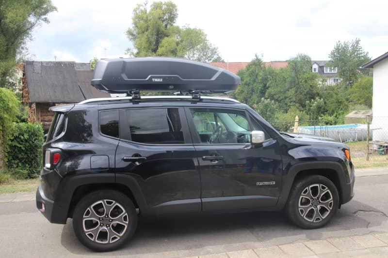 Landau / Pfalz: Dachbox 450 Liter auf einem Jeep Renegade