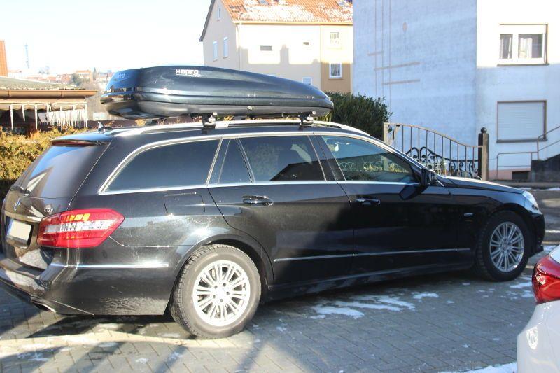 Dachbox auf einem Mercedes Kombi in Pirmasens