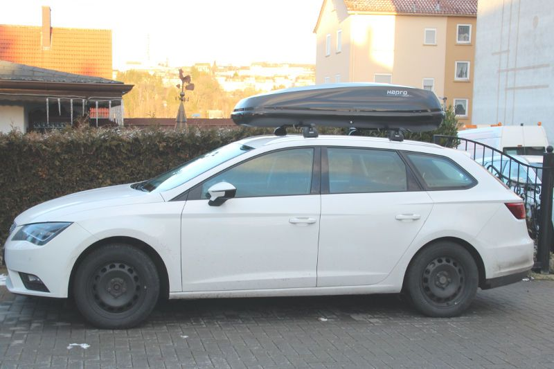 karlsruhe dachbox 430 liter auf seat leon st kombi. Black Bedroom Furniture Sets. Home Design Ideas
