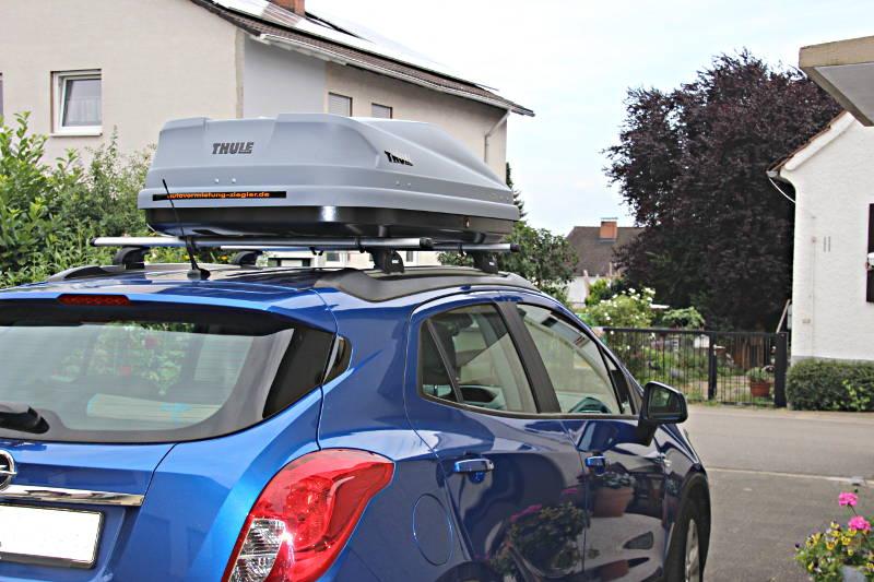 Dachbox auf einem Opel Mokka in Landau