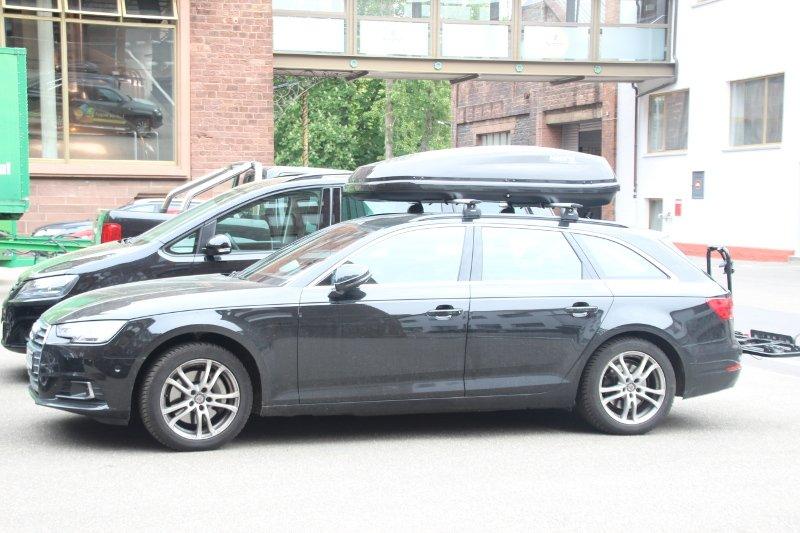 Dachbox und Dachträger von Thule auf einem Audi Avant in Karlsruhe