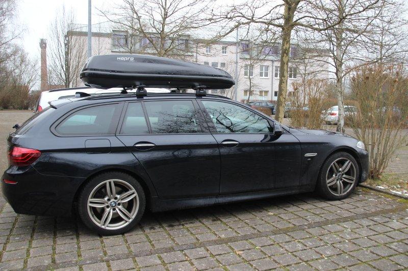Dachbox auf einem BMW Touring in Sankt Wendel