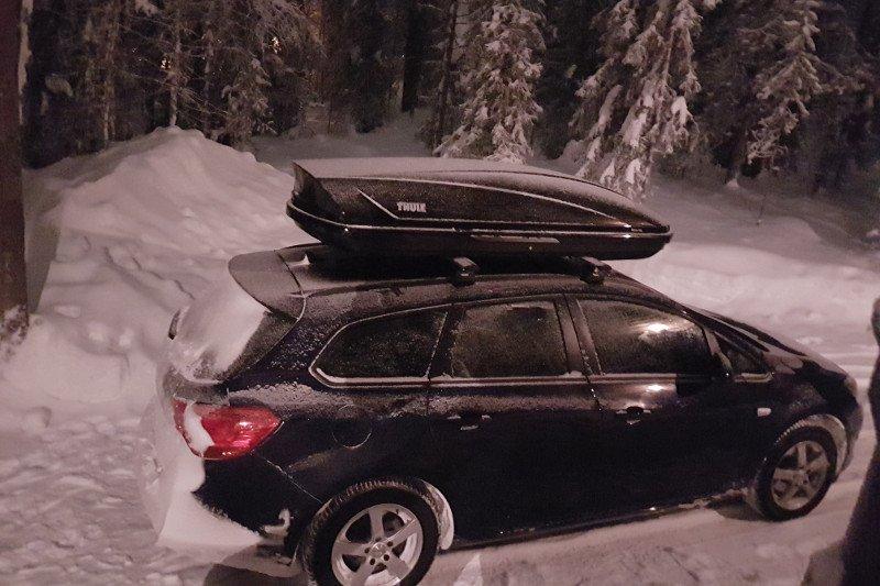 Dachbox und Dachträger für Ihren Opel leihen
